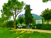 巴尔多利诺,意大利- 2014年9月19日:在露营地的美丽的景色 免版税图库摄影