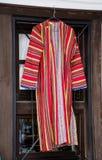 巴尔干民间红色服装 免版税图库摄影