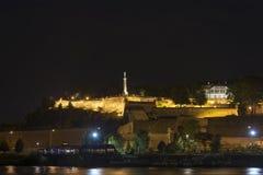 贝尔格莱德堡垒在晚上,贝尔格莱德,塞尔维亚 免版税库存照片
