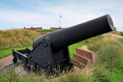 巴尔的摩, MD :在堡垒McHenry的大炮 免版税库存照片