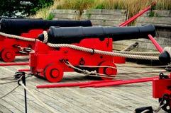 巴尔的摩, MD :在堡垒McHenry的大炮 图库摄影