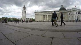 维尔纽斯俄国沙皇时代的太子大教堂广场、宫殿和人们 股票录像