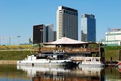 维尔纽斯在2014年4月26日的涅里斯河河运送 免版税库存照片