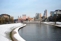 维尔纽斯市上午时间冬天视图 免版税库存图片
