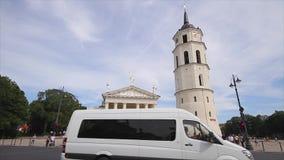 维尔纽斯立陶宛,大教堂广场 股票视频