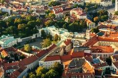 维尔纽斯,立陶宛的中心 从被驾驶的飞行的对象的鸟瞰图 免版税库存照片