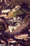 维尔纽斯,立陶宛老镇 从被驾驶的飞行的对象的鸟瞰图 免版税库存图片
