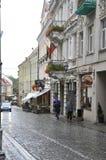 维尔纽斯,维尔纽斯威严的24老镇街道在立陶宛 免版税库存照片