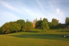 维尔纽斯 天主教会在公园 库存照片