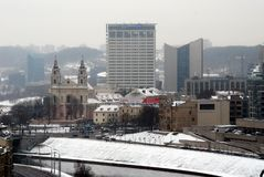 维尔纽斯从Gediminas城堡塔的冬天全景 库存照片