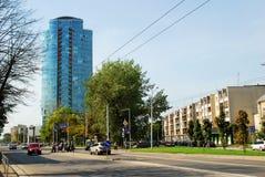 维尔纽斯Savanoriu街道的市摩天大楼 免版税库存照片