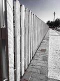 尖桩篱栅 库存图片