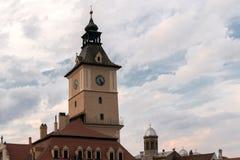 尖沙咀钟楼在布拉索夫,特兰西瓦尼亚,欧洲 免版税库存图片