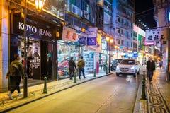 尖沙咀,香港- 2018年1月09日:许多人民进来 图库摄影