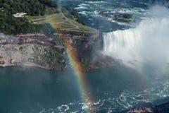 尼亚加拉大瀑布马掌巨大看法  库存照片