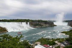 尼亚加拉瀑布加拿大边 免版税库存图片