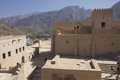 尼兹瓦堡垒城堡,阿曼 免版税图库摄影