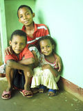 尼加拉瓜的兄弟姐妹儿童马伊斯群岛Nicara 库存照片