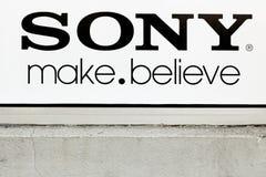索尼在墙壁上签字 免版税库存照片