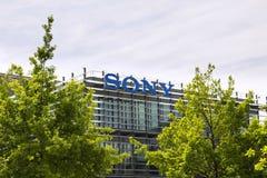 索尼在总部修造的公司商标 免版税库存照片