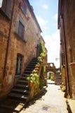 巴尼奥雷焦狭窄的街道  免版税图库摄影