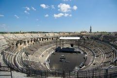 尼姆,罗马圆形剧场竞技场在尼姆 免版税库存图片