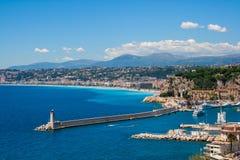 尼斯城市海岸线在法国南部 免版税库存图片