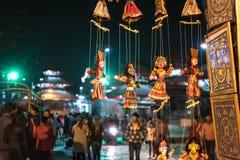 尼泊尔传统工艺品和纪念品加德满都 免版税库存照片