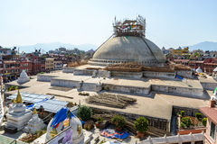 尼泊尔地震损坏的Boudhanath stupa 免版税库存照片