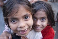 尼泊尔女小学生 免版税库存照片