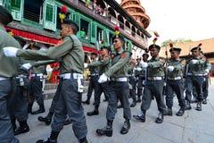 尼泊尔战士前进 免版税图库摄影