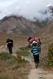 尼泊尔搬运程序 库存照片