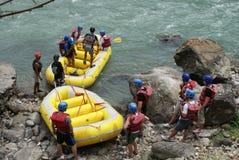 尼泊尔用筏子运送 库存照片
