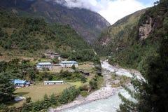 尼泊尔phakding的村庄 图库摄影