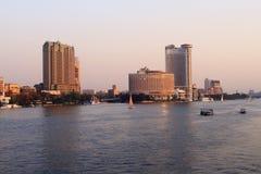 日落在尼罗河的开罗 库存照片