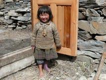 从尼罗- Tsum谷的小女孩-尼泊尔 库存图片