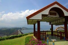 素叻他尼,泰国- 2014年1月19日:Ratchaprapha水坝在Kh 图库摄影