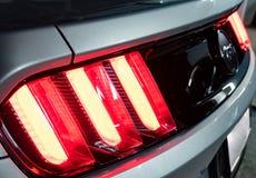 尾巴光Ford Mustang 免版税库存照片