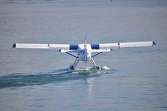 尾巴或水上飞机的后面看法 库存照片