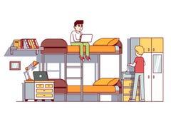 居住在宿舍屋子里的大学生男孩 皇族释放例证