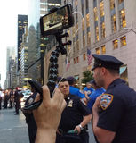 居住放出在社会媒介反王牌集会, NYC, NY,美国 库存图片