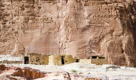 居住的流浪者在山中的沙漠在埃及宰海卜南西奈 库存照片