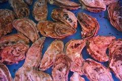 居住的海洋纤巧牡蛎餐馆好吃 免版税库存图片
