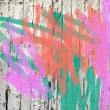 居住的珊瑚桃红色和绿色剥的油漆泼溅物背景 免版税库存图片