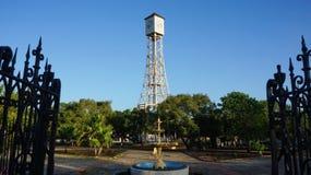居斯塔夫・埃菲尔钟楼在Monte Cris公园  免版税库存图片