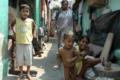 居民印度kolkata贫民窟 免版税库存图片