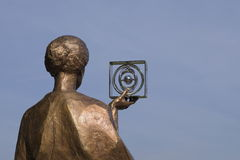 居里的纪念碑在华沙 免版税库存图片