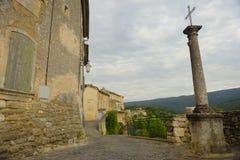 屈屈龙村庄在普罗旺斯 免版税库存图片
