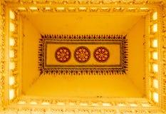 屋顶一个古老Thirumalai Nayak宫殿的上面设计,马杜赖,泰米尔・那杜,印度, 2017年5月13日 图库摄影