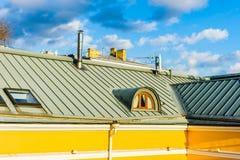 屋顶和顶楼窗口 图库摄影